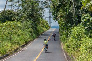 pachijal bicicleta ecuador fotos rainforest