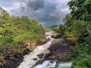 rio guayllabamba pedro vicente maldonado ecuador