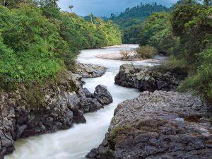 rio guayllabamba cascada salto del tigre ecuador