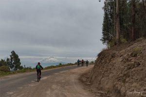 cotopaxi bike ecuador